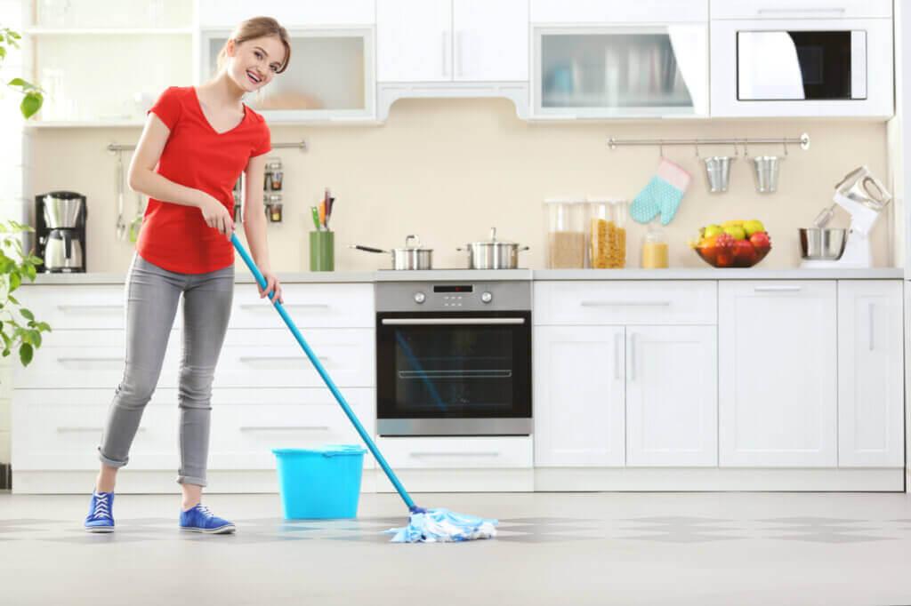 Conseils pour laver le sol en période de Covid